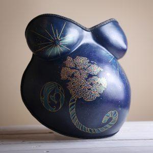 moulage-bedaine-grossesse-empreinte-ventre-femme-enceinte-platre-bellycasting-souvenir-original-décoration-bebe