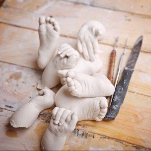 moulage-main-bebe-empreinte-pied-platre-alginate-creation